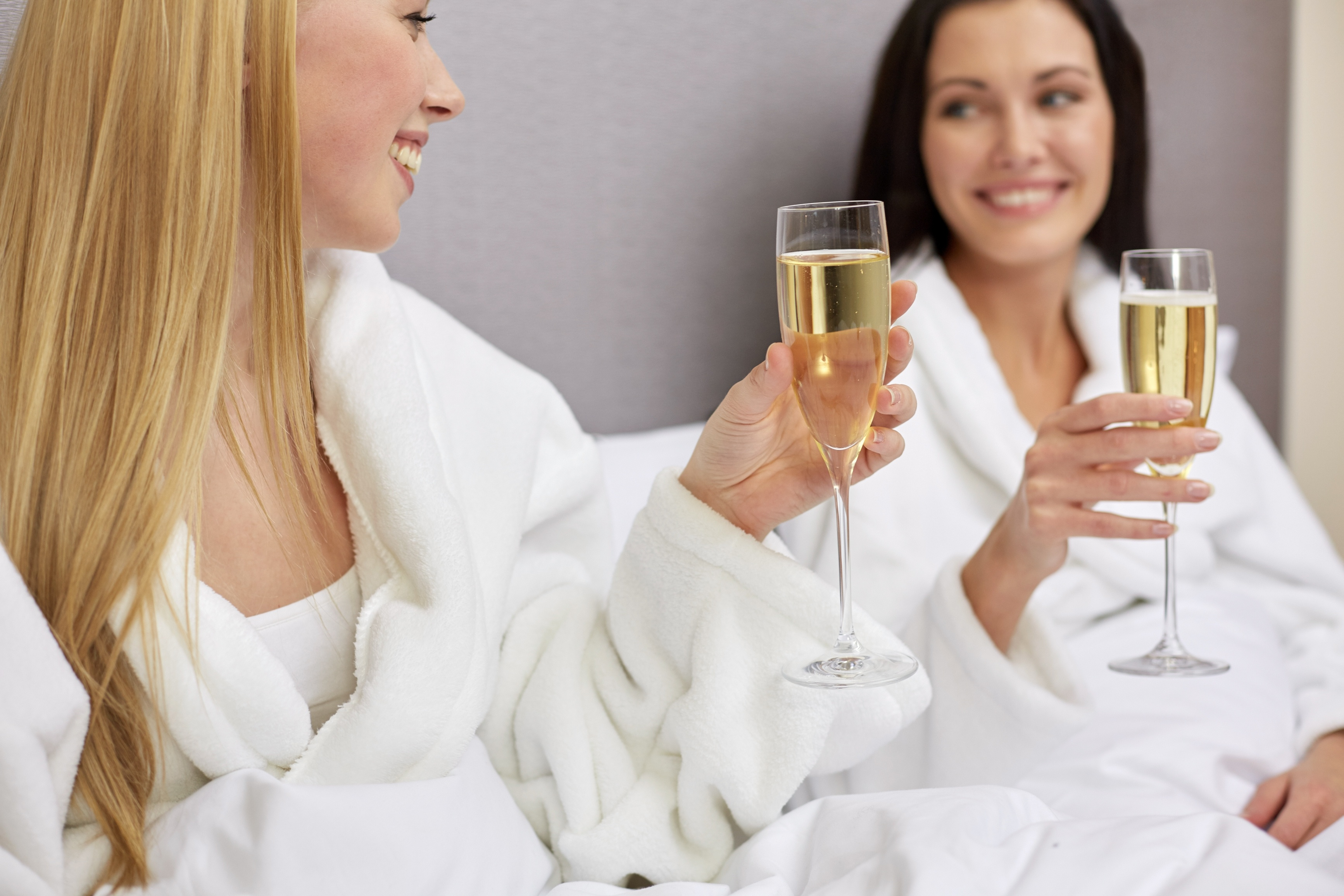 spa-party-champagne.jpg